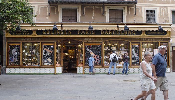 The Best Shopping Areas in The Gothic Quarter, Barcelona | Visit Barcelona With Family