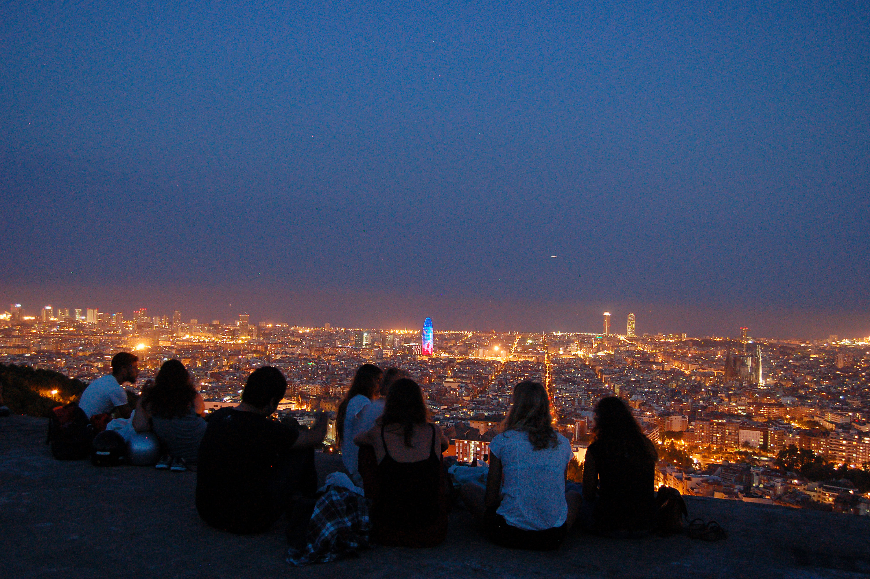 Bunkers Del Carmel - Barcelona's Night View | Visit Barcelona With Family