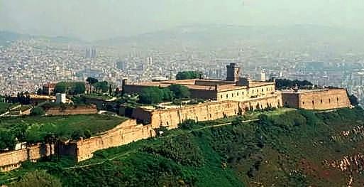 castillo-de-montjuic-barcelona