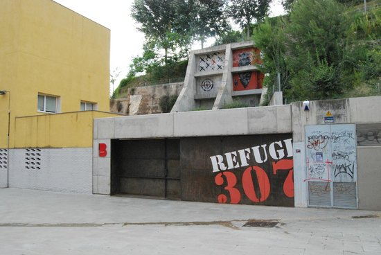 El Poble-Sec 307 Bomb Shelter  | Visit Barcelona With Family