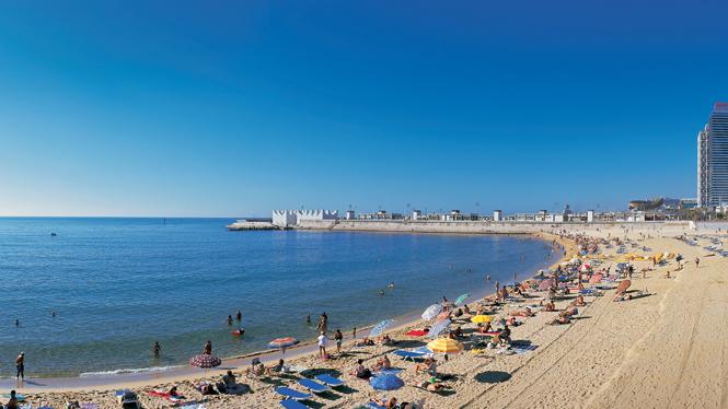 Nova Icaria Beach in Barcelona | Visit Barcelona With Family