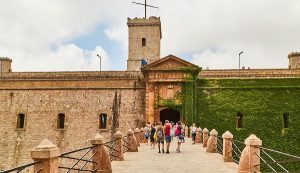 Montjuic Castle Entrance | Visit Barcelona With Family