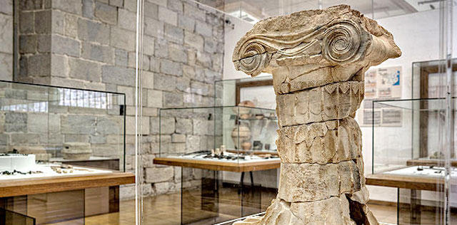 Archeological Museum of Barcelona Roman Columns| Visit Barcelona With Family