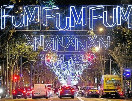 Christmas Lights in Barcelona | Visit Barcelona With Family